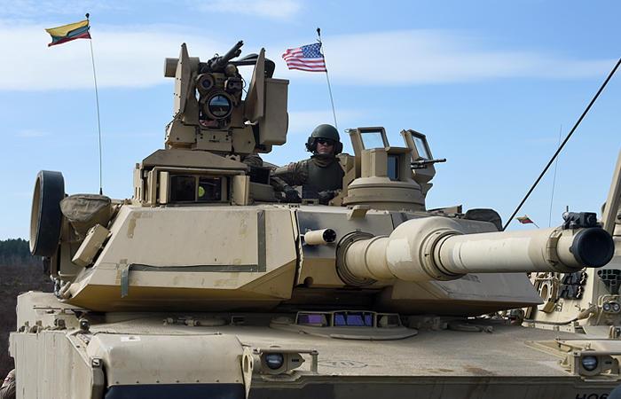Американские тайны: от немцев скрывают, зачем танки США ездят по Германии