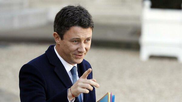 Франция обвинила Россию в фи…