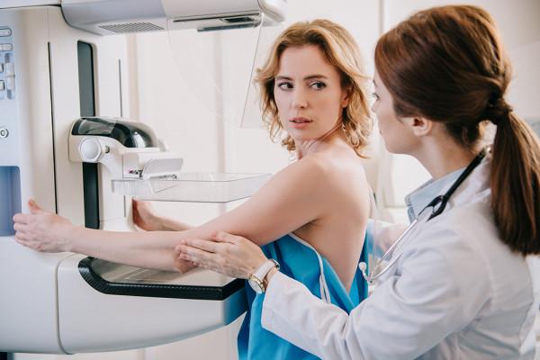 Вкаком возрасте нужно делать маммографию
