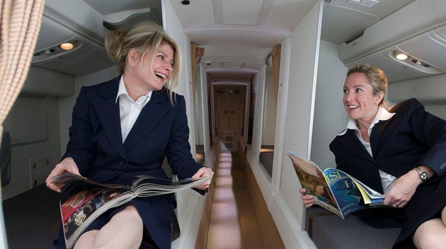 Тайная комната, или Где спят стюардессы во время длительных рейсов?