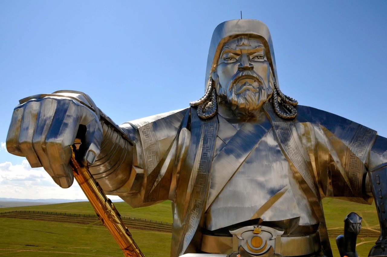 Озеро Байкал - место погребения Чингисхана : загадки истории