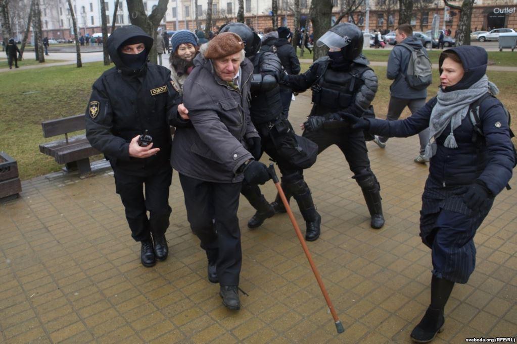Главное хорошо платить нацгвардии: У Лукашенко поехала крыша