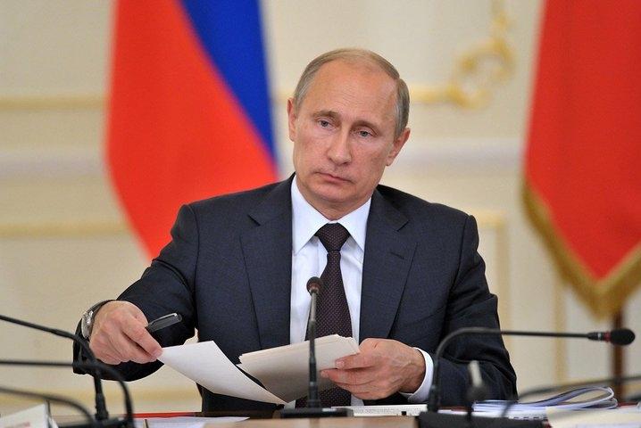 «Почему вы нас бросили?» — вопрос жителя Киева Владимиру Путину