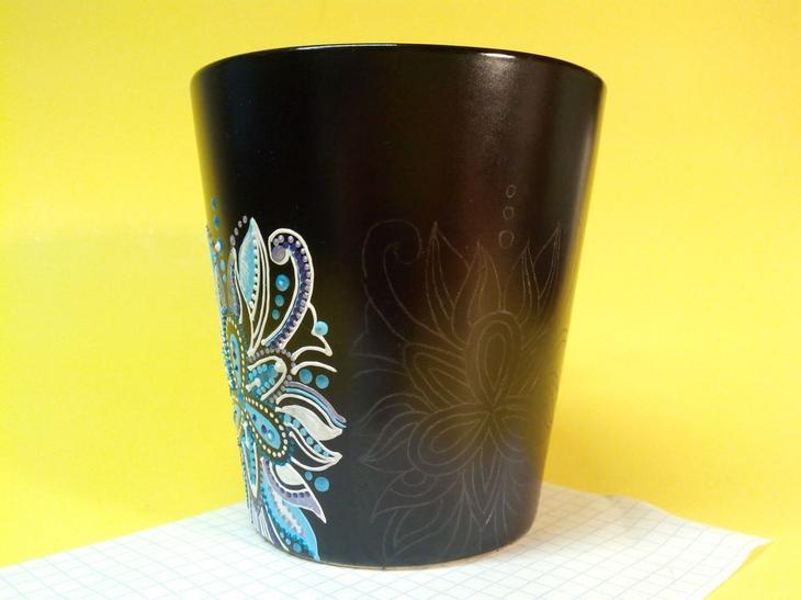 Мастер-класс: роспись чашки контурами
