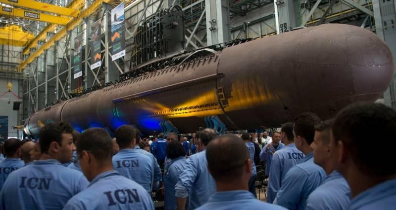 В Бразилии приступили к стыковке секций корпуса подлодки Riachuelo