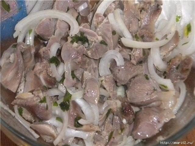 Очень вкусная закуска из маринованных куриных желудков