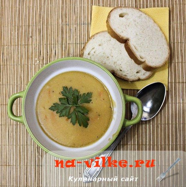 Овощной суп-пюре с чечевицей в мультиварке