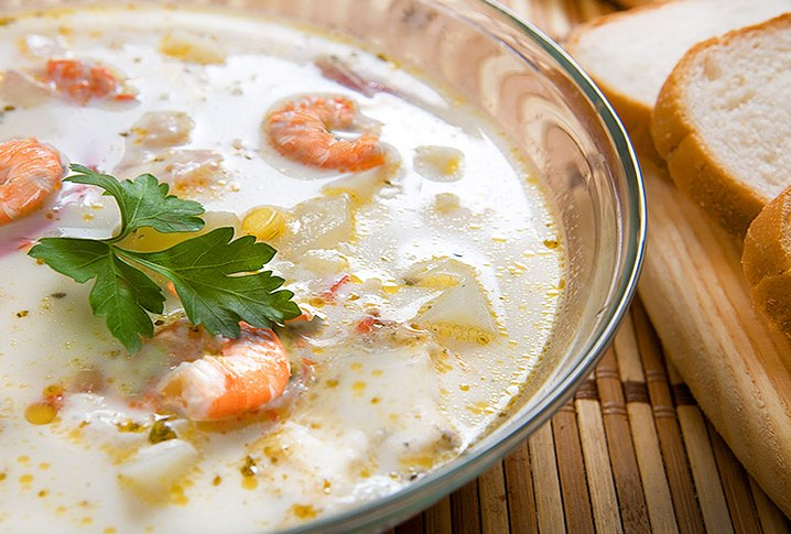 Суп с креветками и плавленным сыром