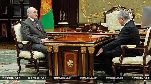 Лукашенко: сокращение поставок российской нефти должно быть замещено альтернативными вариантами
