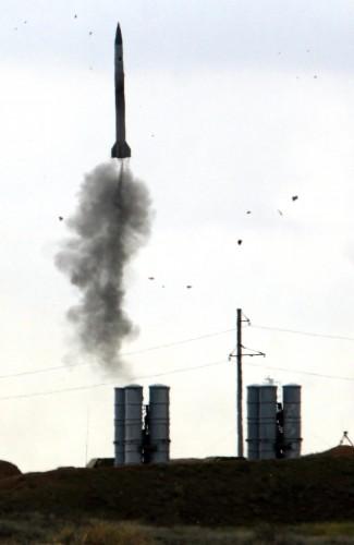 Под Астраханью прошли боевые стрельбы дивизионов С-400