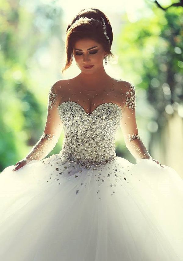 Кровавое свадебное платье