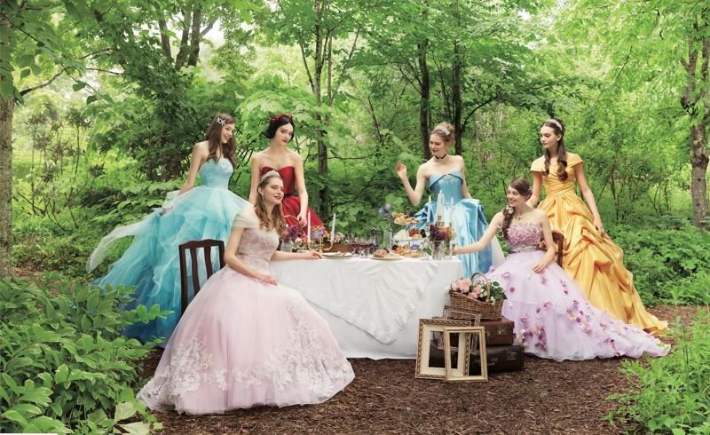 Японская компания сшила серию свадебных платьев в стиле нарядов диснеевских принцесс