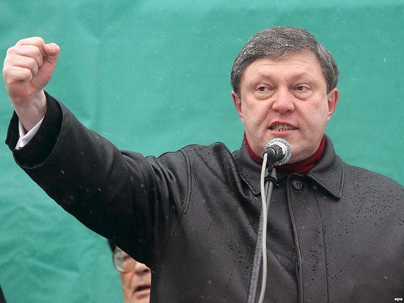 Явлинский: Задержанных необходимо незамедлительно отпустить