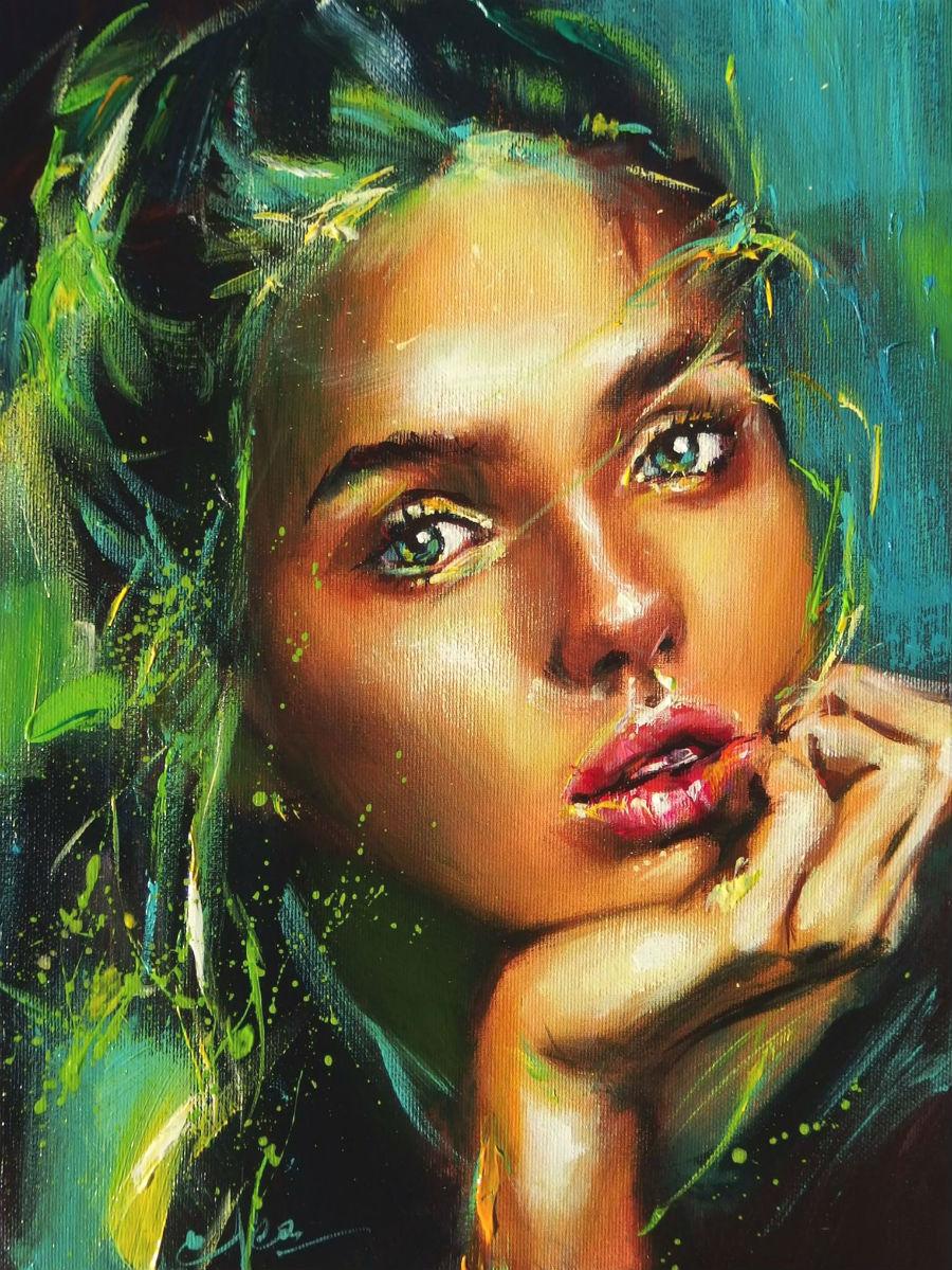 Женщина с глазами, как изумруды...