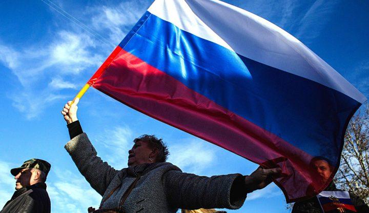 ВОЗМУЩЕННАЯ РОССИЯНКА НАПИСАЛА ОТКРЫТОЕ ПИСЬМО ПРЕЗИДЕНТУ ЛАТВИИ: «ВЫ ПОТЕРЯЕТЕ СТРАНУ!»