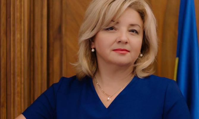Украинскую вип-чиновницу обвинили в присвоении десяти миллионов