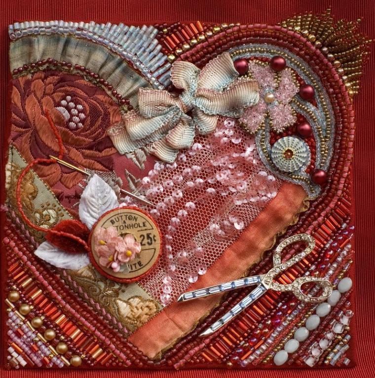 Потрясающей красоты работы мастеров — сочетание техники «крейзи квилт» и вышивки