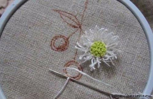 Объемная вышивка. Ромашки, одуванчики, хризантемы и мимоза (5) (500x324, 108Kb)