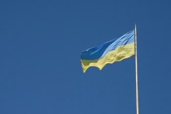 Украинские радикалы начали возводить преграды на железной дороге Москва-Киев