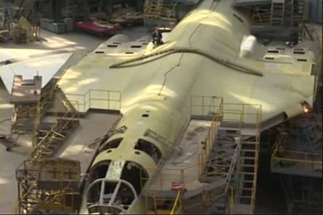 «Хребет» для Ту-160: как в Казани заново учатся варить титановые плиты