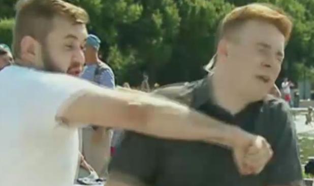 Журналиста НТВ избили в прямом эфире. Но это не ВДВ-шник...