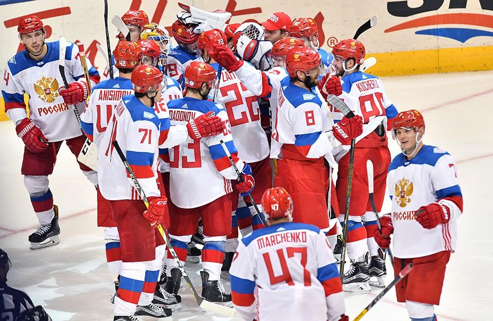 Хоккеист сборной России раск…
