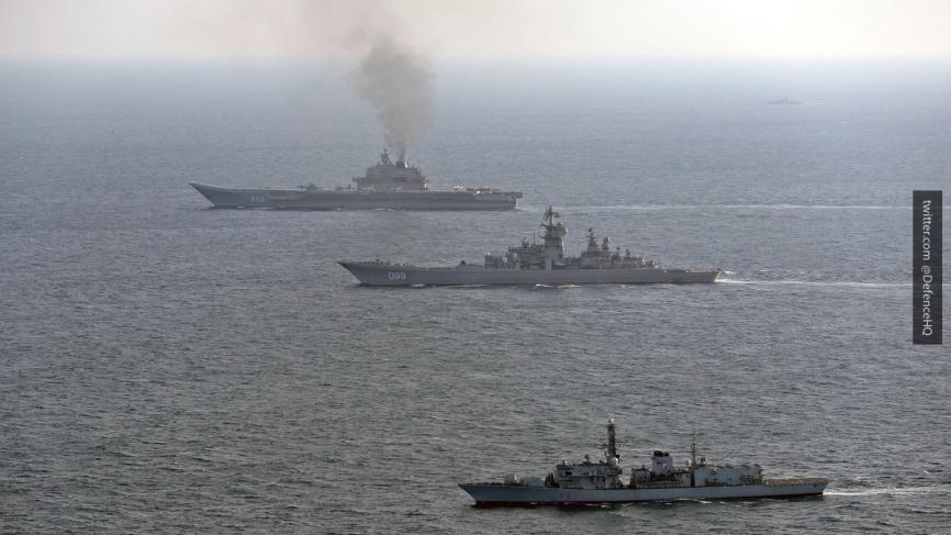 Командир «Адмирала Кузнецова» объяснил наличие густого дыма над крейсером