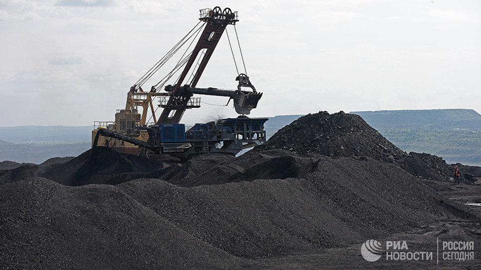 Киев: Раз Донбасс угля не даёт, придётся покупать в России