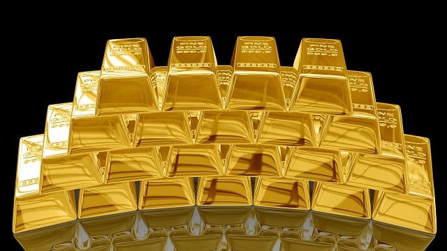 Россия продолжает наращивать золотой запас