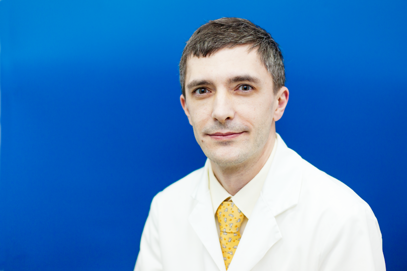 Отоларинголог — о гипердиагностике, задачах врача, лечении насморка, компрессах при отите, аденоидах и горошинах в носу