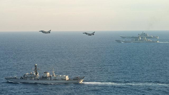 Как последние шлюпки. Корабли НАТО вели себя в Ла-Манше… безответственно