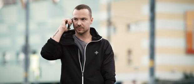Актер Алексей Чадов указал на различия в менталитете американцев и россиян