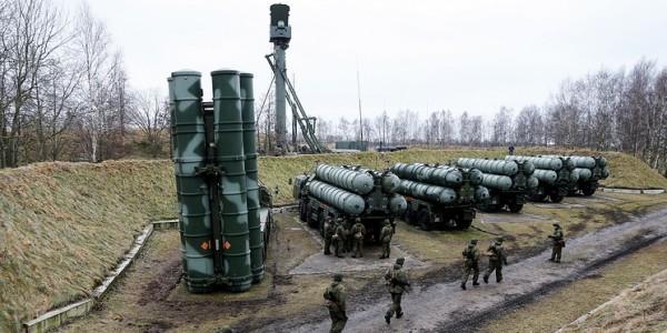 Расчеты С-300 и С-400 заступили на боевое дежурство в рамках внезапной проверки ВКС РФ