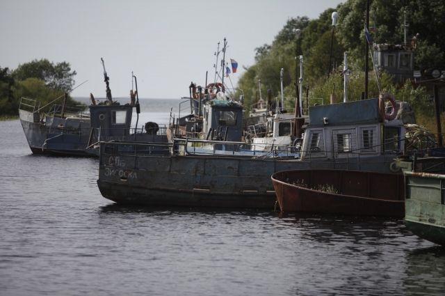 Как наши рыбаки делят с эстонскими Чудское озеро