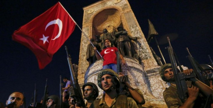 Турецкий «недопереворот» с большими последствиями. Евросоюз: списки арестованных людей в Турции были подготовлены заранее