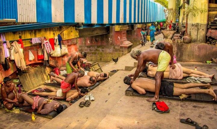 «Утренний массаж», Арунава Бховмик CBRE городская фотография 2014 года