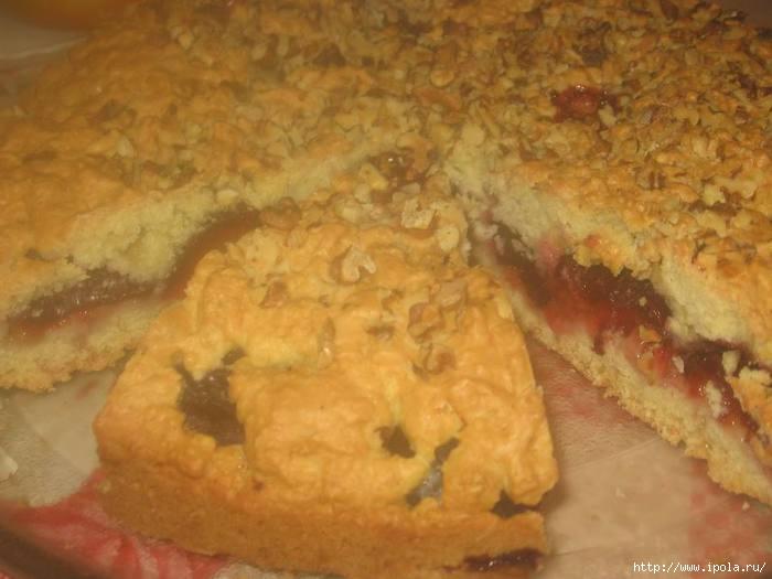 Тёртый пирог со сливами