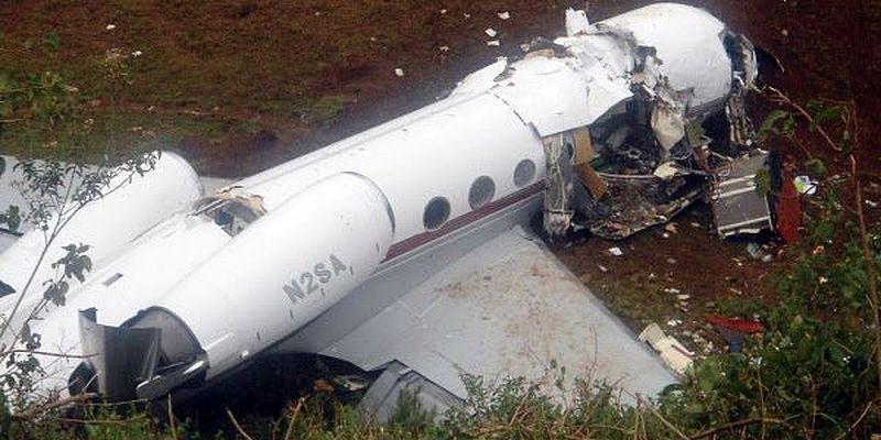 Трое украинских летчиков разбились при падении военного самолета в Конго