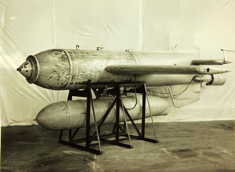 Управляемая авиационная бомба Henschel Hs 293 Вундерваффе, Чудо техника, военная техника Германии, вторая мировая война