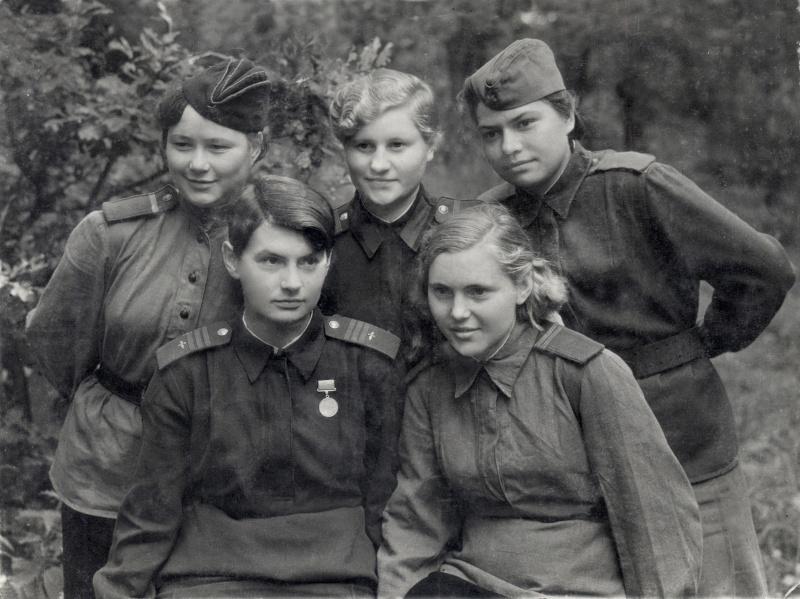 Знакомства немецкими женщинами в 1945 году г.шахты знакомства