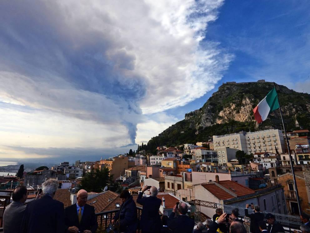 10 активных вулканов открыты…