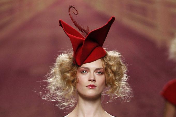 Романтическая женственность — очаровательные шляпки  Alma Aguilar