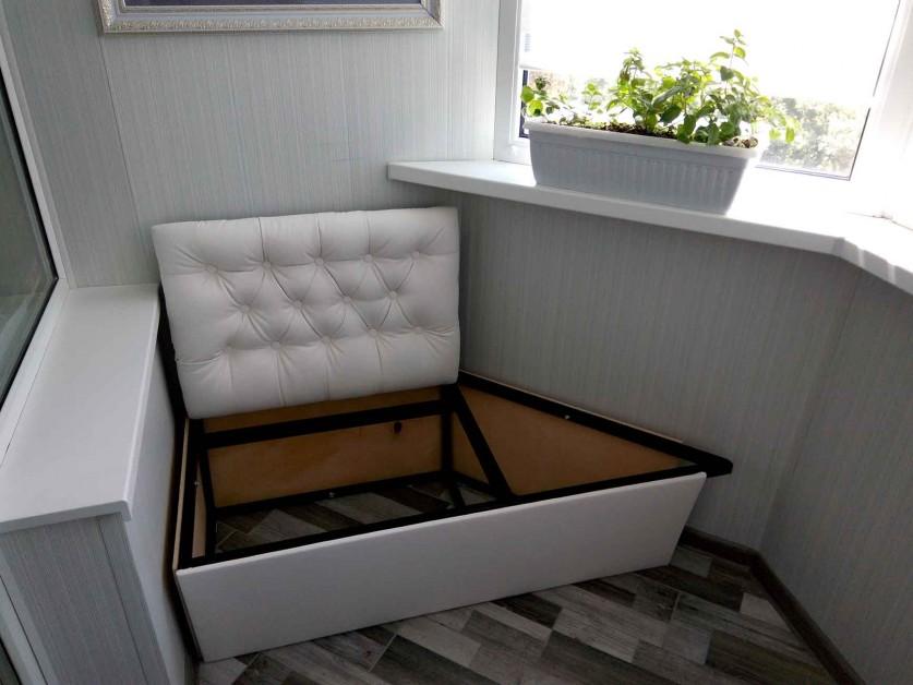 Как сделать диван на балконе своими руками фото
