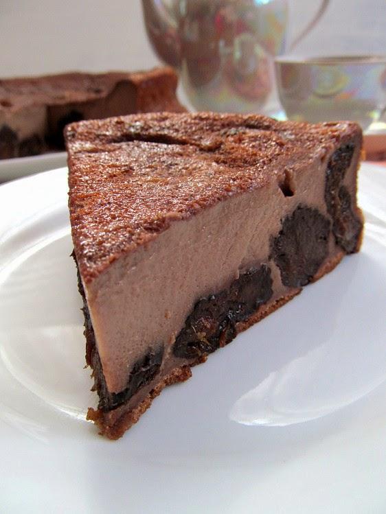 Шоколадный клафути с черносливом