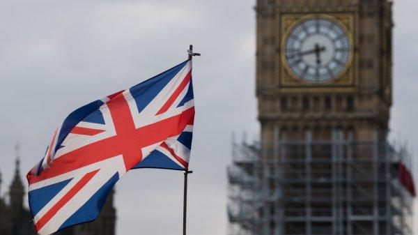 Лондон в панике: Россия отве…