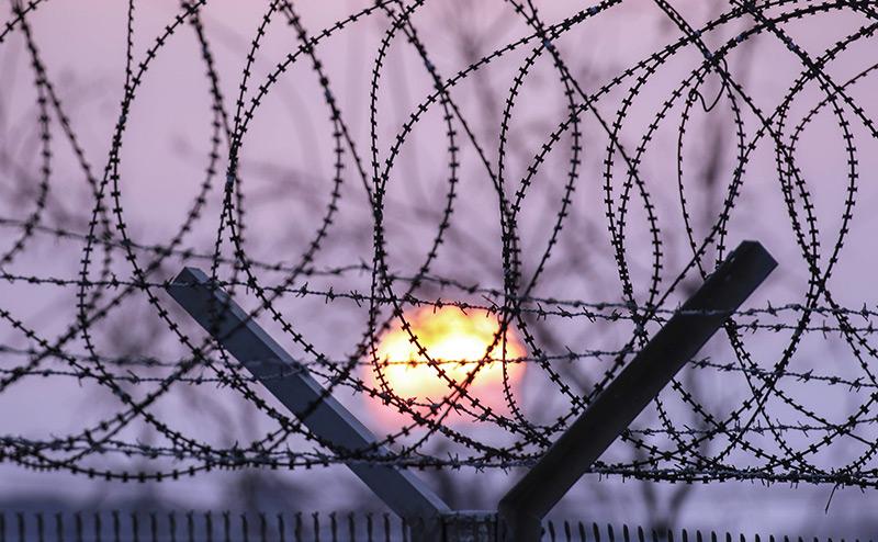 Кремль повесит на границе «железный занавес»