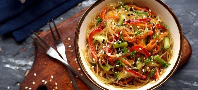 фунчоза с овощами в соевом соусе