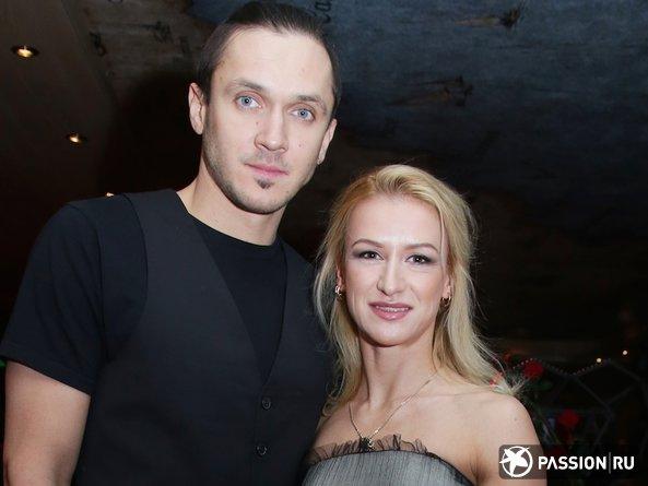 Новорожденная дочь Татьяны Волосожар и Максима Транькова появилась на свет в элитном госпитале