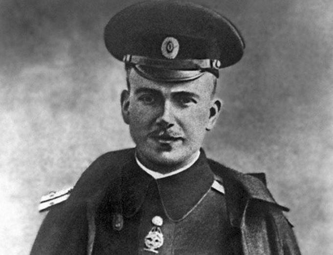 Петр Нестеров: погиб в воздушном бою