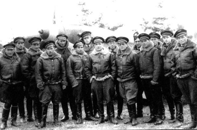 Как французские асы служили товарищу Сталину